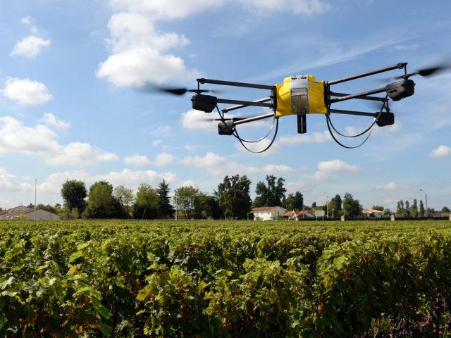 https://snimanje-dronom.com/wp-content/uploads/2019/08/140911-drones-editorial-640x480.jpg